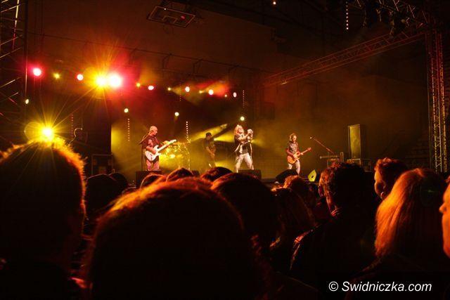 Świebodzice: Tysiąc fanów niepokonanych rockmenów