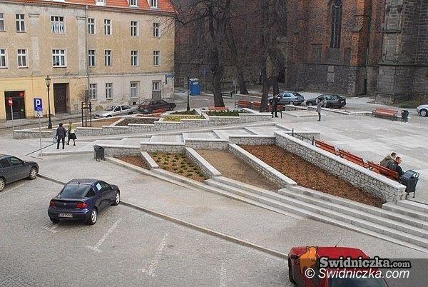 Świdnica: Kto wyrzeźbi pomnik Jana Pawła II – dowiemy się latem