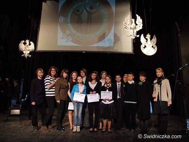 Świdnica: Nagrodzeni za patriotyczne śpiewanie