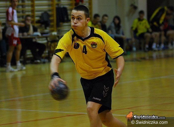 III-liga szczypiorniaka: Rezerwy wiceliderem po pierwszej rundzie rozgrywek