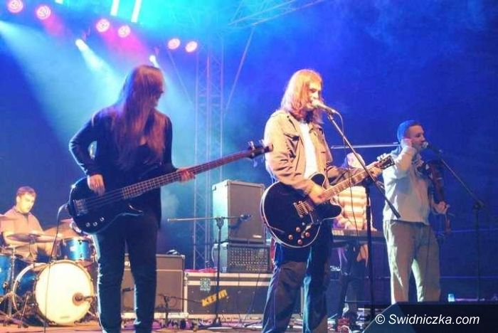 Świdnica: Reggae'owy Kefir w Izi Rajderze