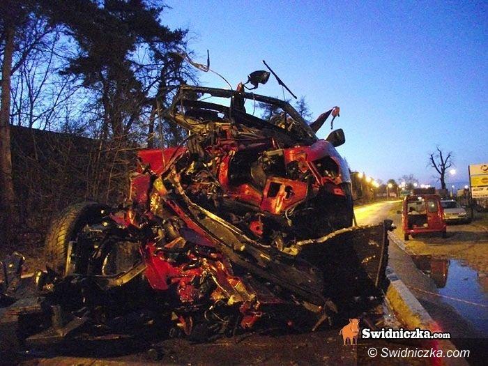 powiat świdnicki: Szczęścia w nieszczęściach – groźne stłuczki, z których kierowcy wychodzą niemal bez szwanku