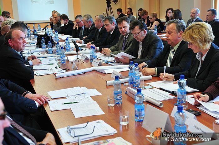Świdnica: Kilkadziesiąt osób będzie mogło kupić dług powiatu