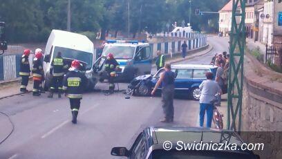 Strzegom: Czołówka w Strzegomiu – ofiara przewieziona do szpitala