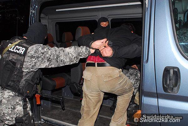 Świdnica: Napadł na SKOK, wpadł w ręce policji