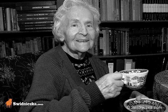 Świdnica: Odeszła Pionierka – Cześć Jej pamięci