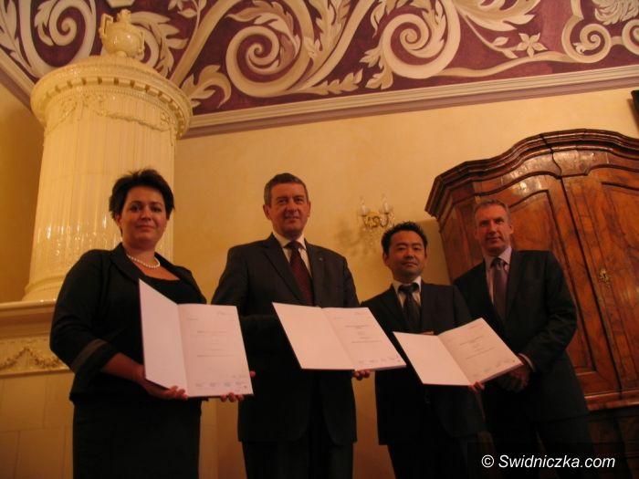 Świdnica: Umowa inwestycyjna z Lotte podpisana