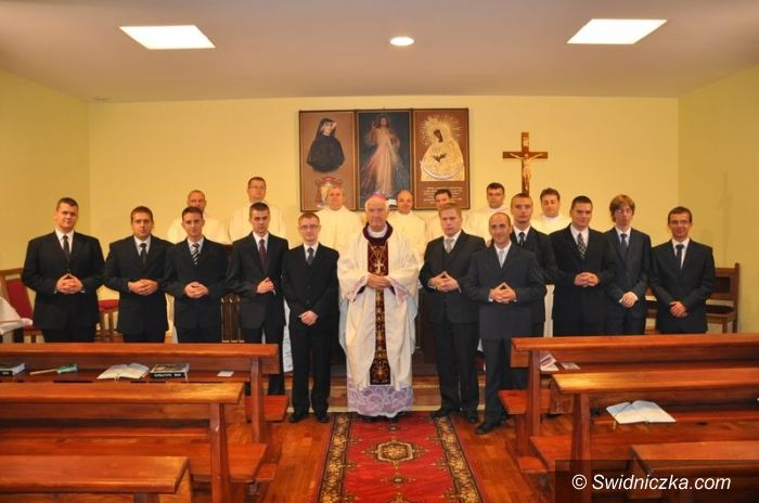 Świdnica: Nowi klerycy w świdnickim seminarium