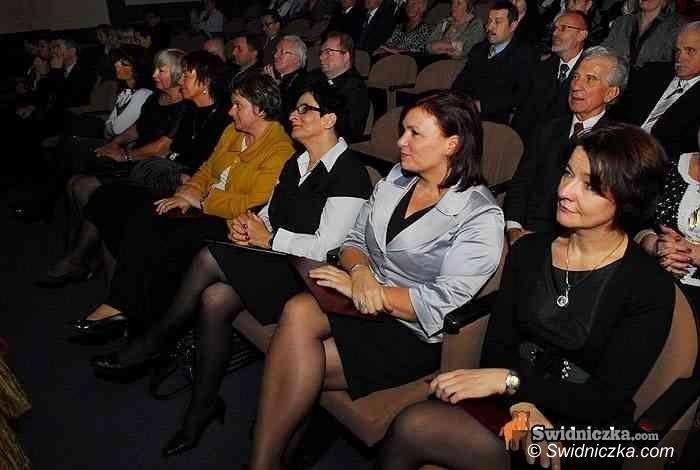 Świdnica: Świdniccy nauczyciele nagrodzeni