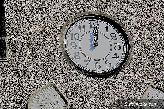 Świdnica/Region/Kraj: Zmiana czasu na zimowy