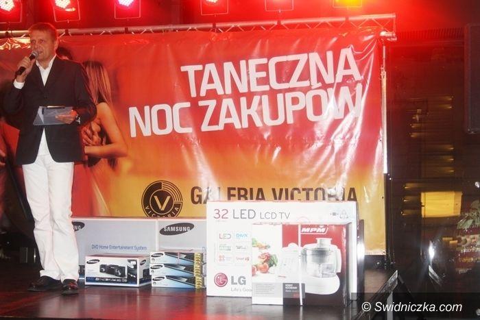 Wałbrzych: Niezapomniana Taneczna Noc Zakupów w Galerii Victoria w Wałbrzychu