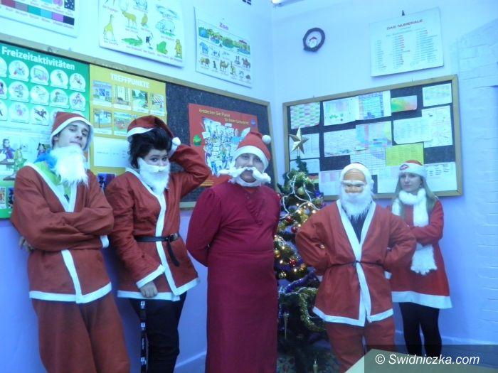 Świdnica: Dzień Bicia Rekordów w świdnickiej szkole
