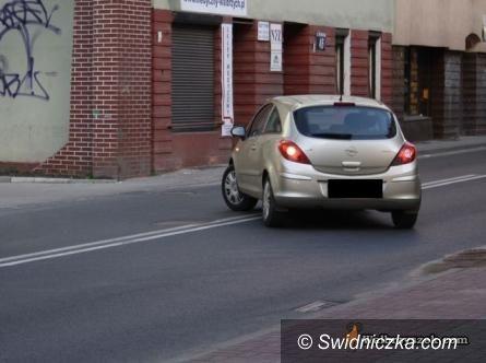 Świdnica: Pojazdy będą usuwane na koszt właściciela – NOWE STAWKI