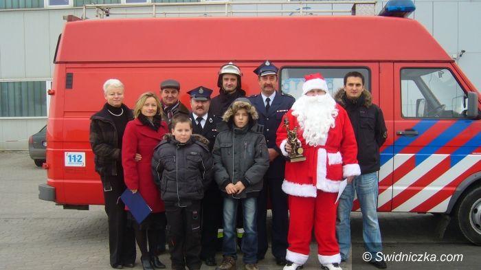 Żarów/ Buków: Nowy wóz strażacki dla OSP Buków