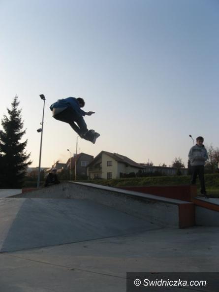 Żarów: Skatepark w Żarowie– młodzież postuluje do burmistrza