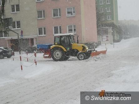 Świdnica: Akcja zima – kto pomoże w odśnieżaniu właścicielom nieruchomości?