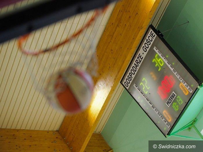 Świdnica: Seniorzy zakończyli rundę zasadniczą, juniorzy grają już play–offy