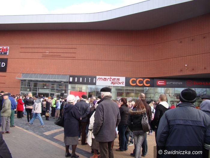 Świdnica: Tłumy świdniczan na dzisiejszym otwarciu Galerii Świdnickiej