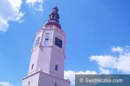 Świdnica: Zwiedzanie Wieży Ratuszowej w drugi dzień świąt Bożego Narodzenia