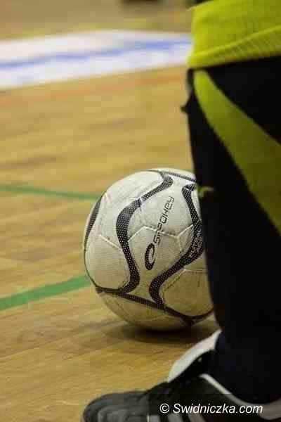 Żarów: Dwie serie spotkań w Żarowskiej Lidze Futsalu