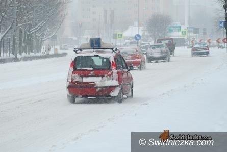 Kraj: Bądź gotowy do bezpiecznej zimowej drogi
