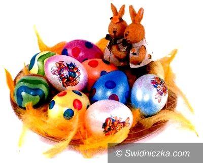 Świebodzice: Wielkanocne konkursy na kartkę i ozdobę