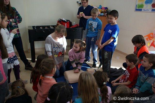 Świebodzice: Pomoc rodzinie i dzieciom
