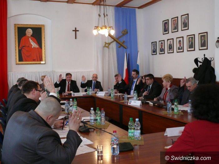 Strzegom: Strzegomscy radni obradowali na przedświątecznej sesji