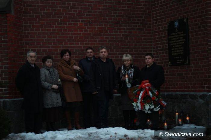 Świdnica: Świdnicki PiS uczcił pamięć ofiar katastrofy smoleńskiej