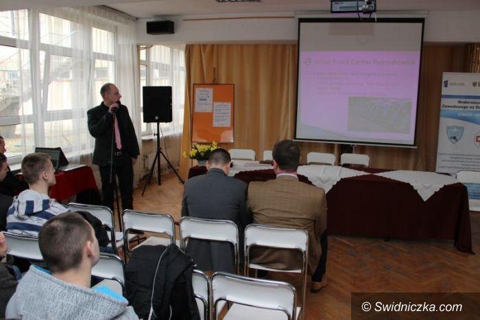 Świdnica: Forum samochodowe w Mechaniku