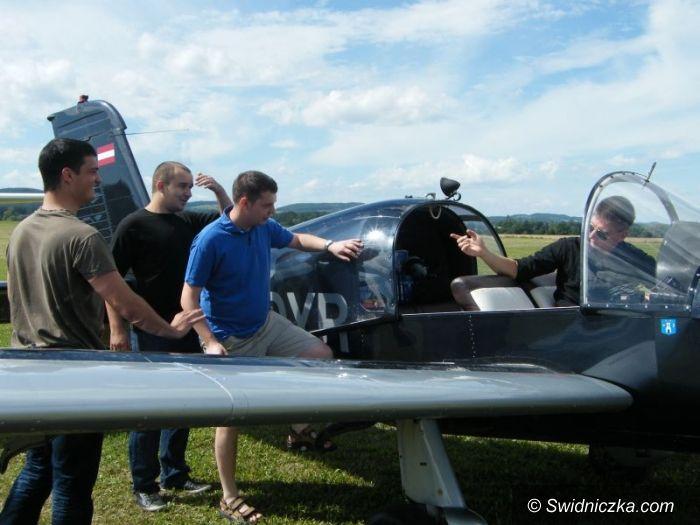 Świebodzice: Lotnicze piknikowanie w Świebodzicach