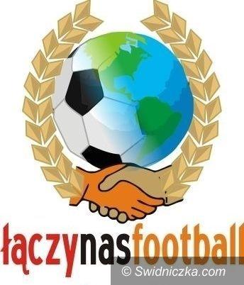 Lutomia Dolna: Czwartkowe warsztaty piłkarskie w Lutomi Dolnej
