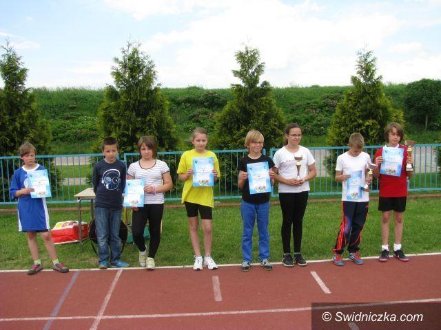 Świdnica: Zwycięzcy wieloboju lekkoatletycznego w kategorii szkół podstawowych