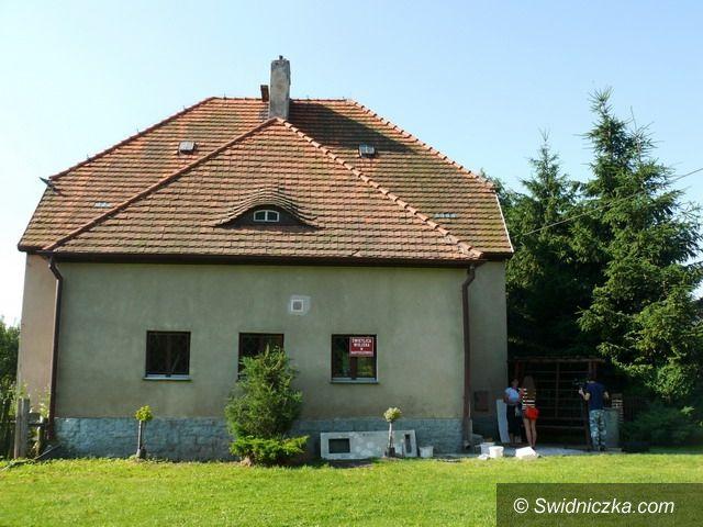 Bartoszówek: Odrestaurowana świetlica dla mieszkańców Bartoszówka