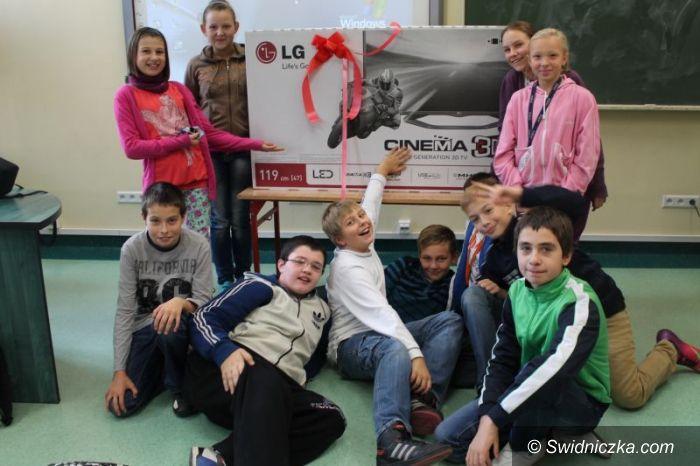 Świdnica: Fantastyczny prezent od firmy LG Innotek dla SP 315