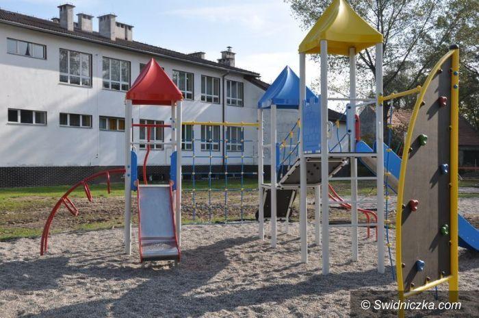 Grodziszcze: Kolorowy plac zabaw w Grodziszczu