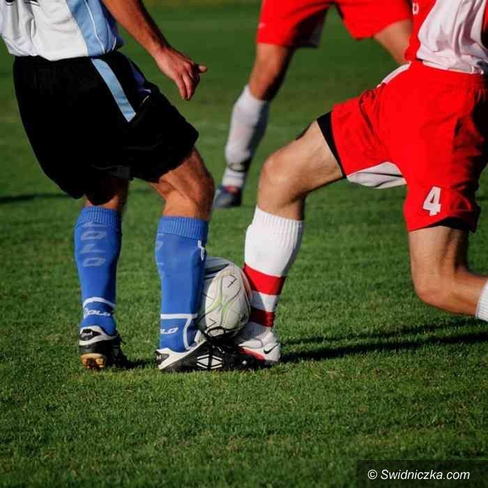 IV-liga piłkarska: Tydzień temu świętowali, teraz zawitają do Strzegomia