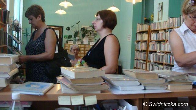 Świebodzice: Po książki na ulicę Wolności
