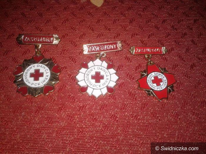 Świdnica: Odznaczyli honorowych dawców krwi