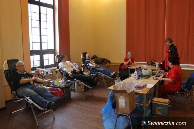Świebodzice: Słodka akcja poboru krwi