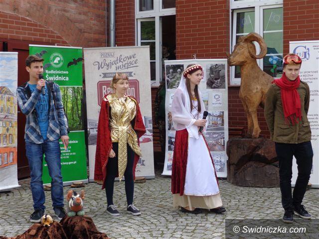 Świdnica: Europosłowie podziwiają uczniów G–3