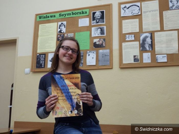 Bolesławiec: Nadia Bielecka z II LO wyróżniona w turnieju recytatorskim