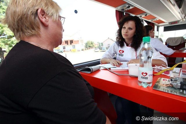 Świdnica: Bus kampanii