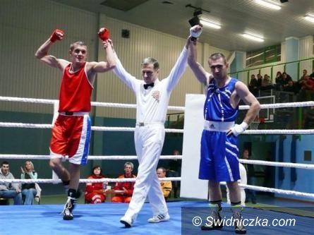 Świdnica: Tydzień z młodzieżowym boksem