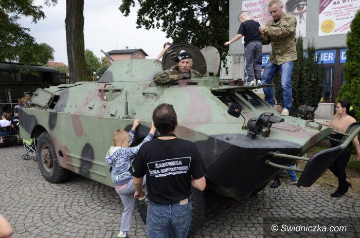 Żarów: Na pikniku militarnym w Żarowie