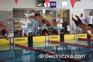 Oleśnica: Udana inauguracja sezonu pływaków Rekina