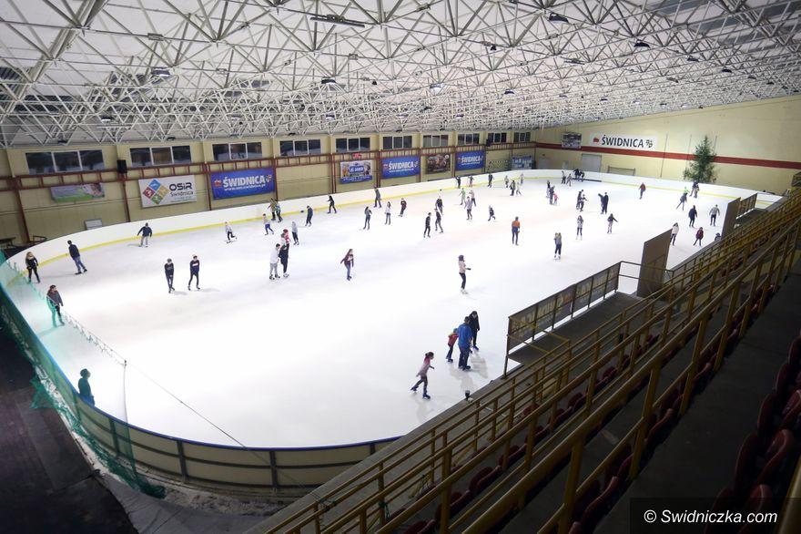 Świdnica: Sezon na lodowisku podsumowany. Najlepszy wynik od lat