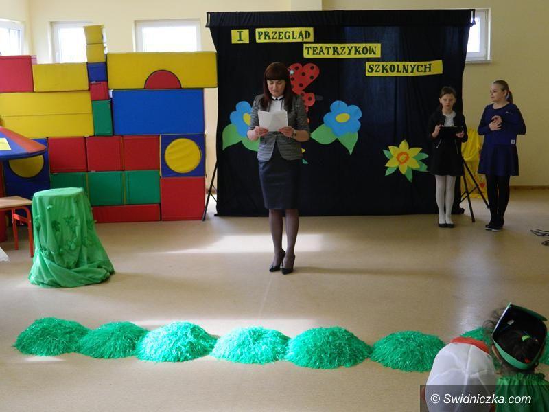 Żarów: Młodzi aktorzy na scenie