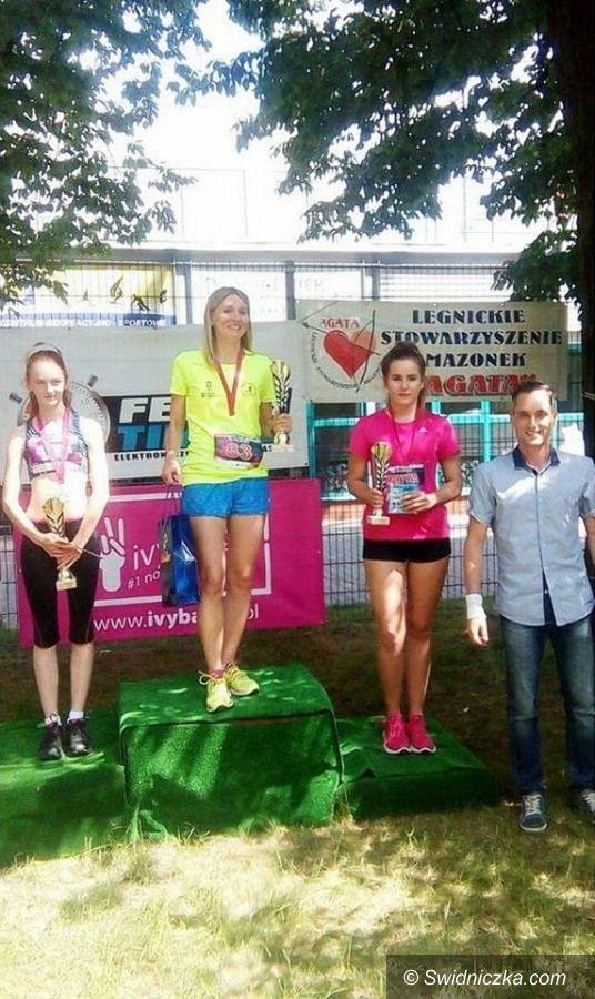 Jaroszów: Jaroszowskie gimnazjalistki w biegu
