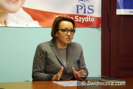 Kraj: Minister Anna Zalewska zapowiada kolejne zmiany w oświacie